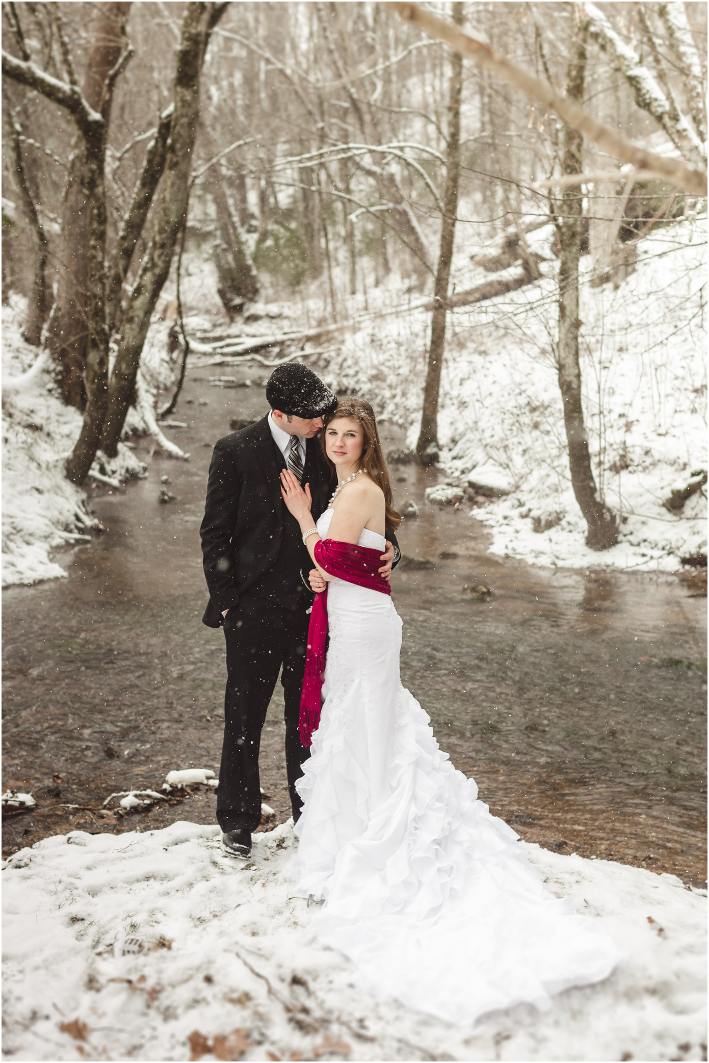 Winter Wedding Photos With Snow In Knoxville Tn By Jophoto