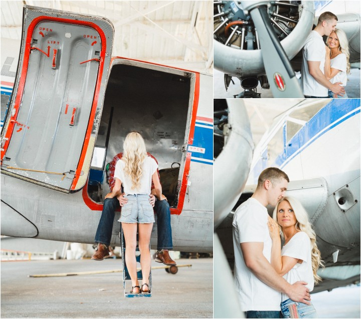 airplane engagement picture