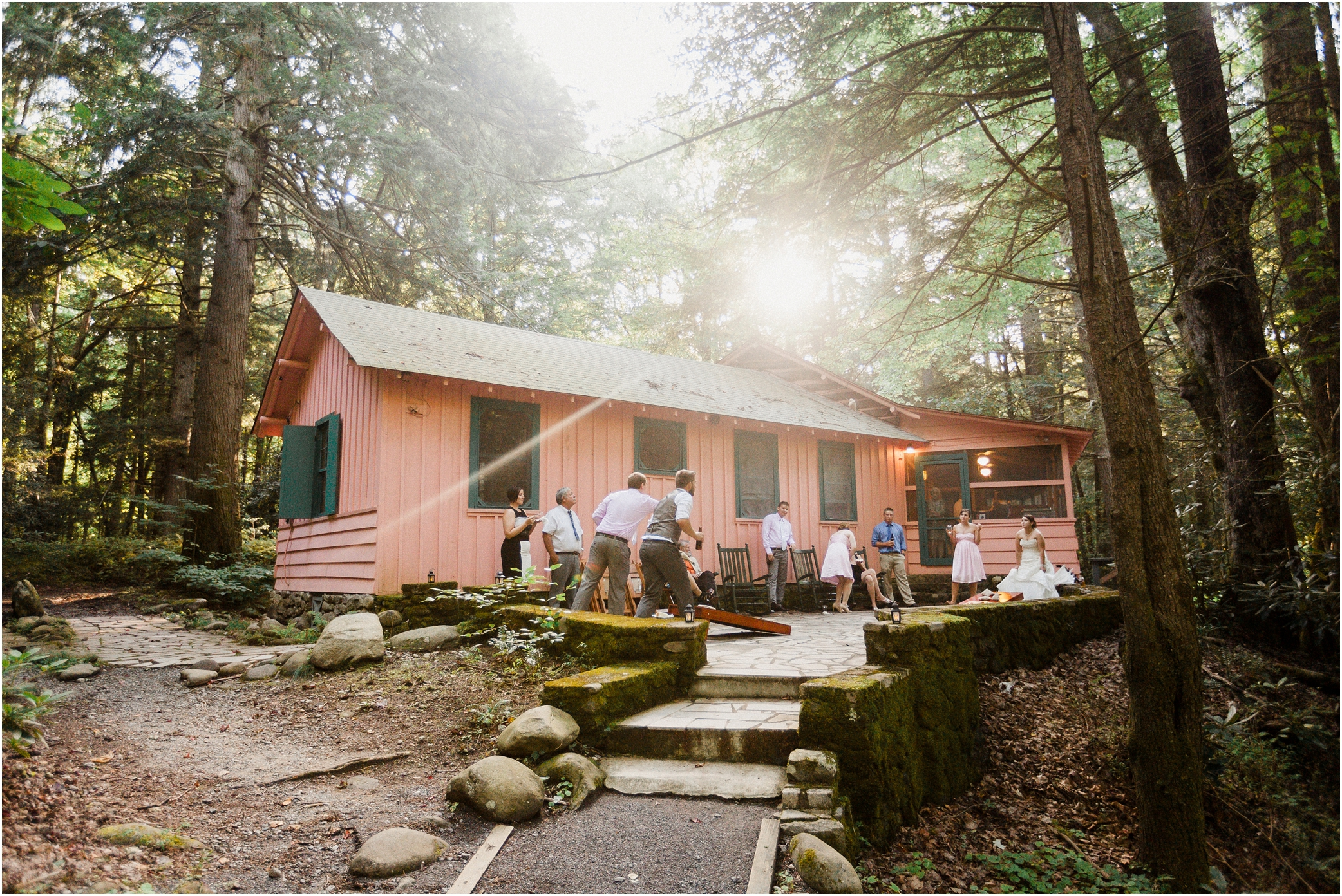 Spence cabin wedding in the great smoky mountains for Smoky mountain cottages