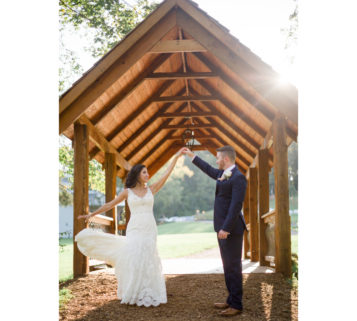 ramble creek wedding in Athens Tennessee