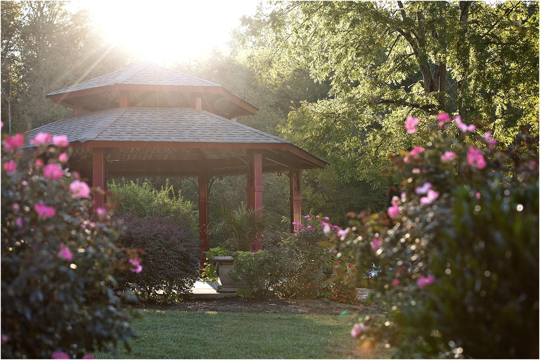Dara\'s Garden - Knoxville Wedding Venue - JoPhoto