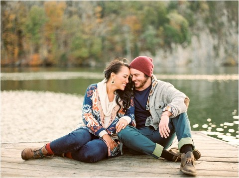 engagement photos what to wear