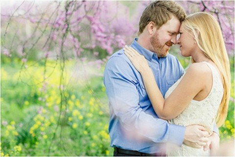 knoxville spring engagement photos