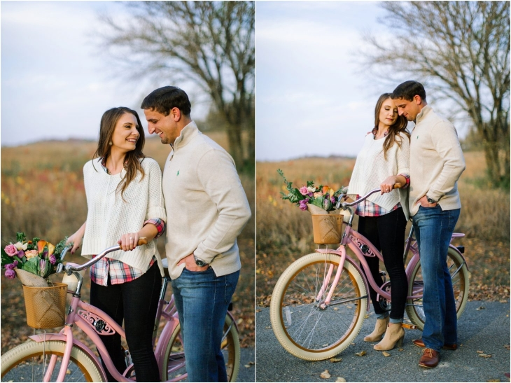 engagement photos bicycle