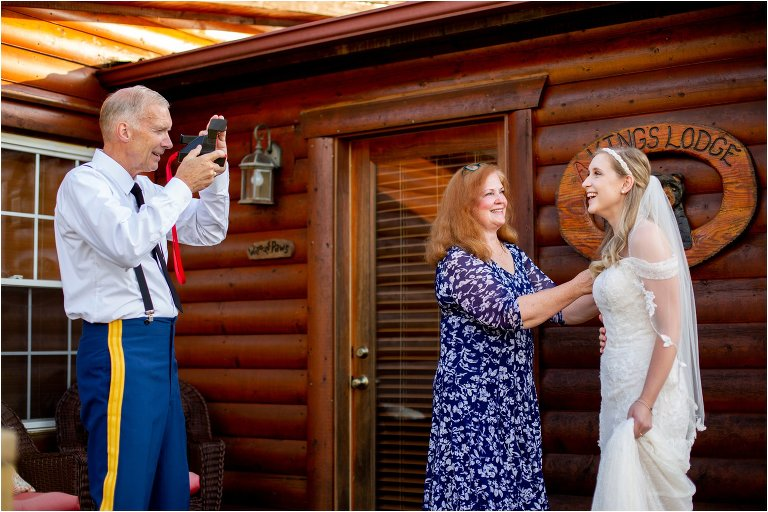 a kings lodge wedding