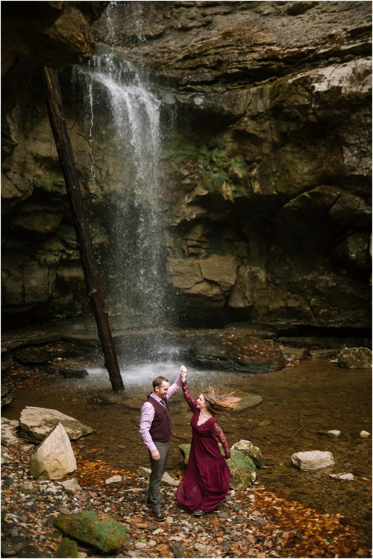 lost creek falls weddings